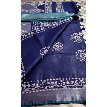 Navy blue cotton-viscose saree with Batik print - 1