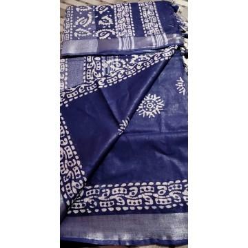 Navy blue cotton-viscose saree with Batik print - 3